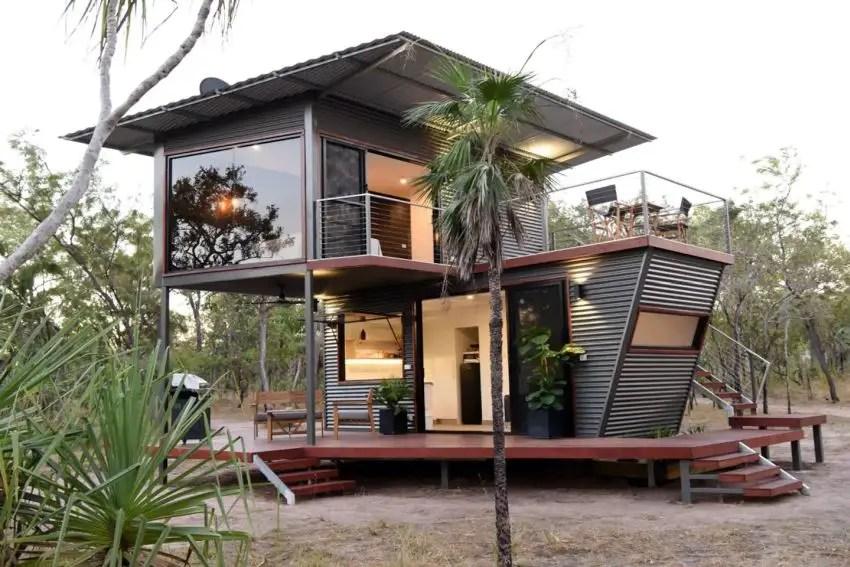 Cette maison container a été construite à partir d'éléments rouillés