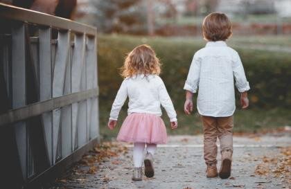 QUELLES SONT LES DERNIÈRES TENDANCES CHAUSSURES POUR ENFANTS ?