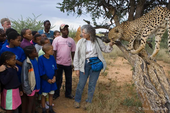 Dr. Marker with Namibian students (Source: Suzi Eszterhas)