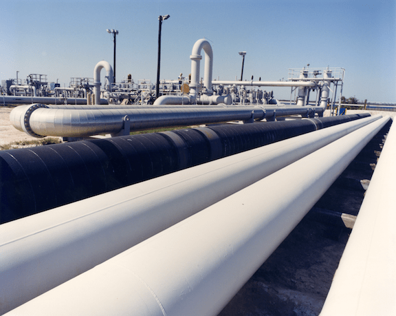 Crude oil pipes near Freeport, Texas (Source: Creative Commons)