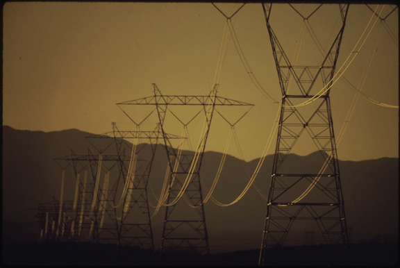 Transmission lines near Searchlight, Nevada (Source: WikiMedia Commons)