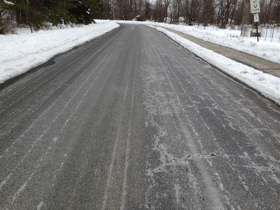 Salt brine sprayed on New Jersey road. (Image Credit: WikiMedia Commons)