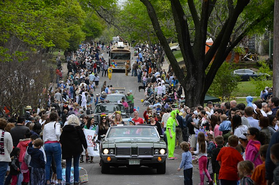A community celebrating during an Easter parade. (Image: Pixabay)