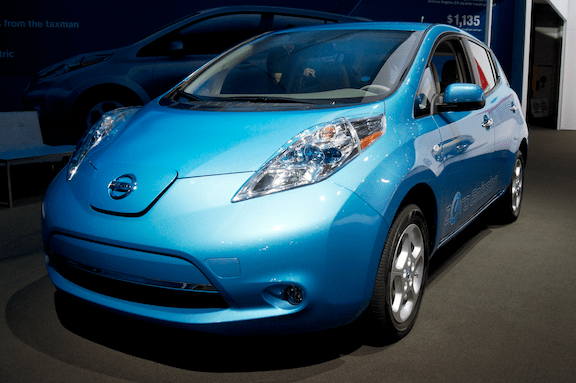 2013 model year Nissan Leaf exhibited at the 2012 Los Angeles Auto Show. (Image Credit: Steve Lyon / Flickr)