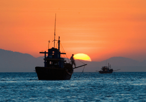 Sunset on the South China Sea off Mũi Né village on the south-east coast of Vietnam. (Photo Credit: Mike Russia / WikiMedia Commons)