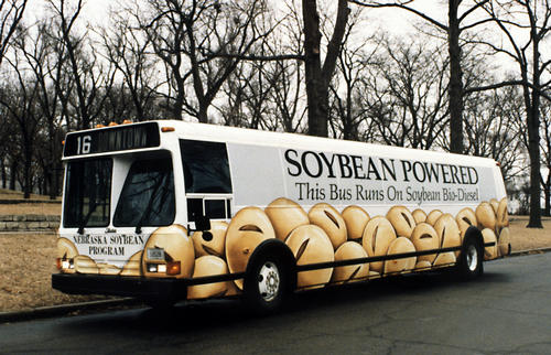 Bus running on soybean biodiesel. U.S. Department of Energy: Energy Efficiency and Renewable Energy. (Photo via WikiMedia Commons)