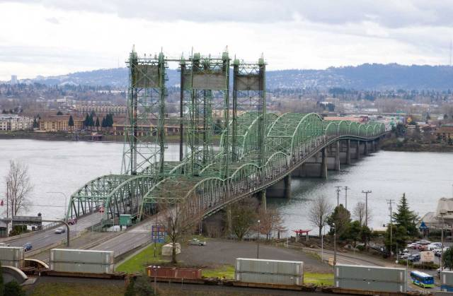 The Interstate Bridge seen from Vancouver, Washington, where Interstate 5 crosses the Columbia River. (Photo Credit: Cacophony / WikiMedia Commons)