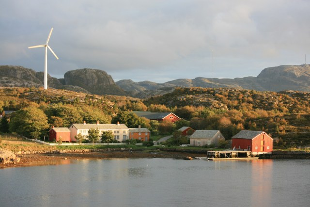 Wind turbine in Bjugn, Norway. (Photo Credit: Marius Meyer)