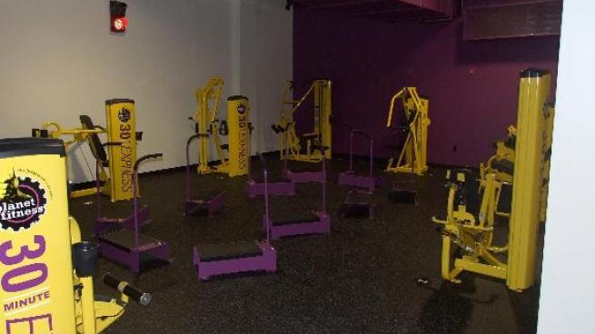 Gym In Eatontown Nj 180 Route 35 S Planet Fitness