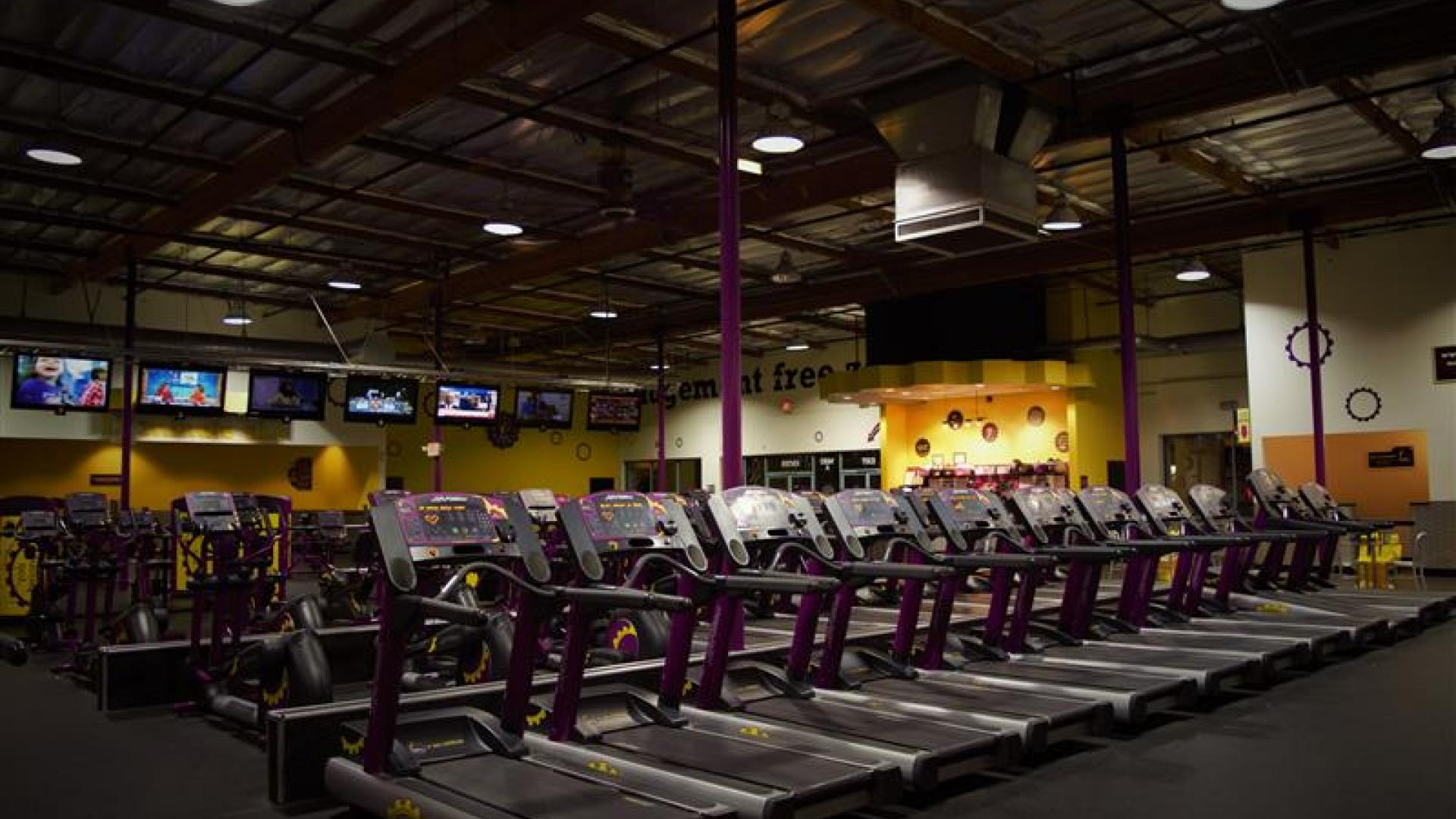 Gym in Hemet CA  1300 E Florida Ave  Planet Fitness
