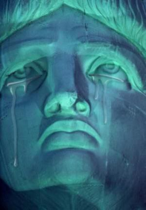 Statue of Liberty2 German Court: CIA Abducted, Tortured and Sodomized a German Citizen