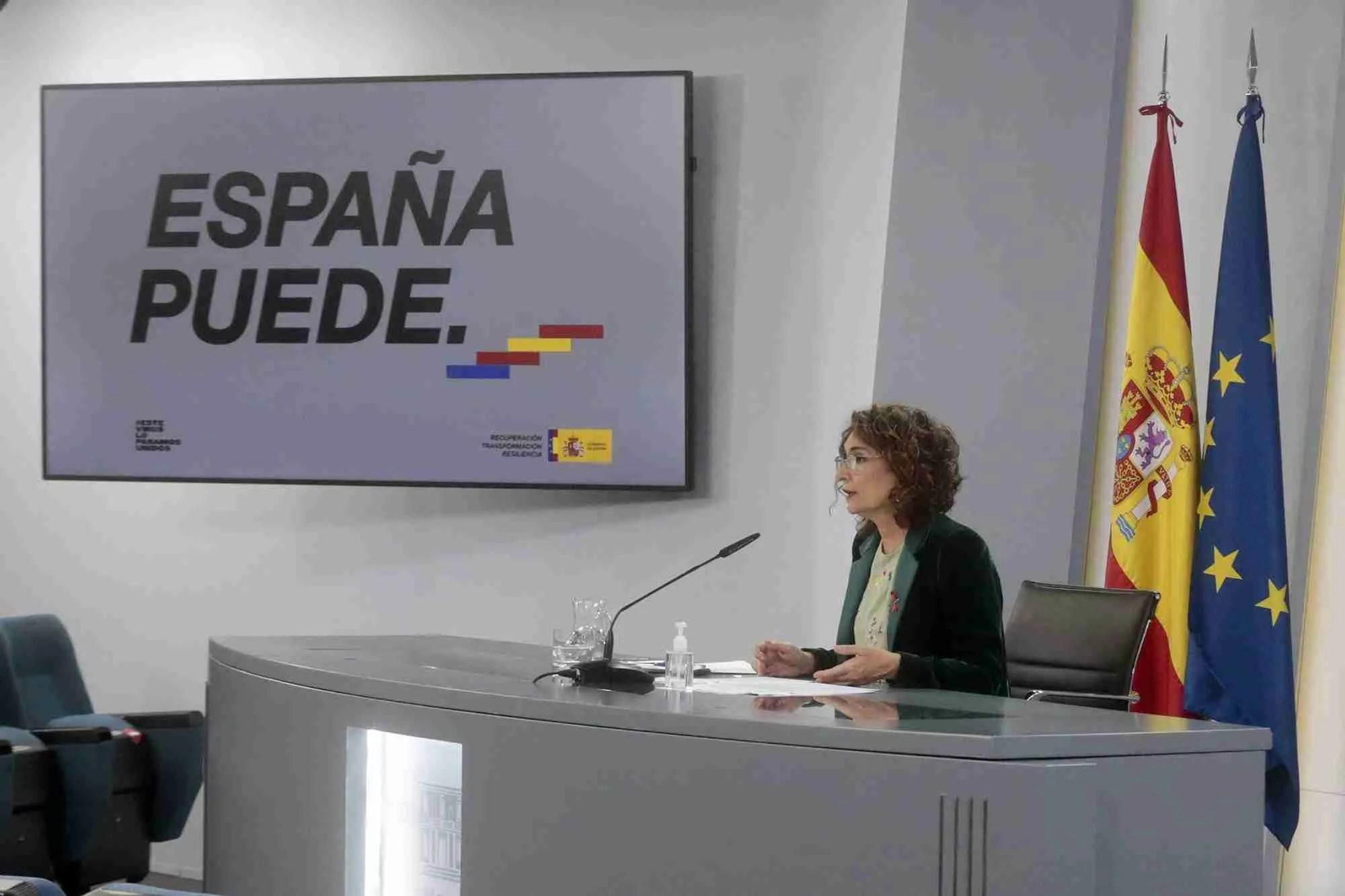 María Jesús Montero at yesterday's Press conference