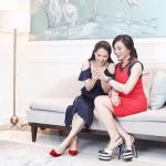 LOOK: Marian Rivera checks out Vicki Belo's engagement ring