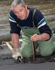 bait digging