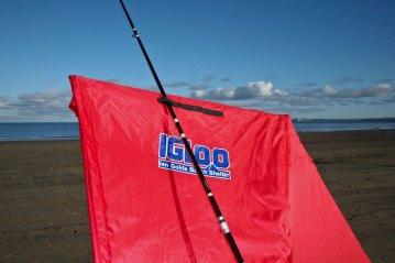 fishing-review-ian-golds-igloo-beach-shelter-0011