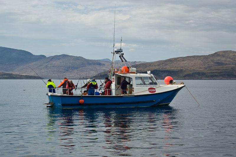 Oban charter boat Laura Dawn at anchor