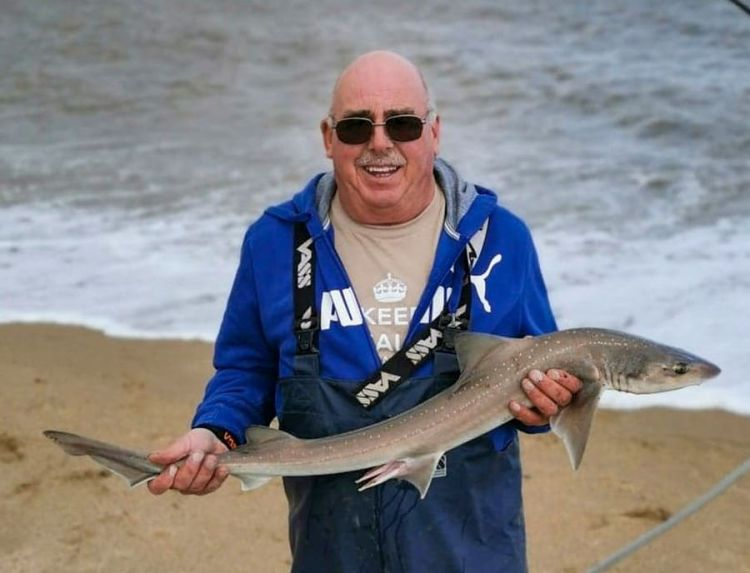 Dave Burr with the longest round fish
