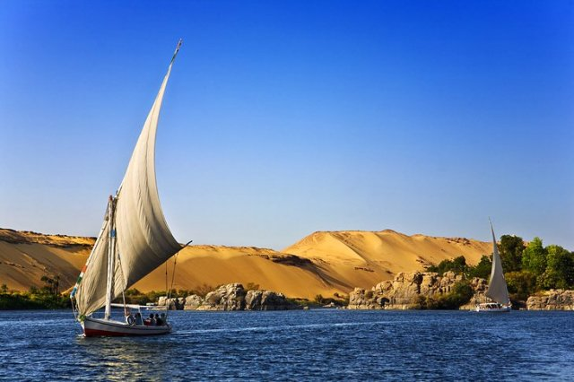https://i0.wp.com/www.planetware.com/photos-large/EGY/egypt-aswan-nile-view.jpg?resize=640%2C426