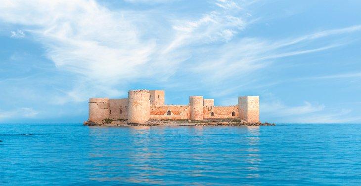 Замок Кызкалеси
