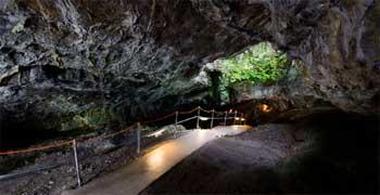 Cueva de La Guixa Villanua
