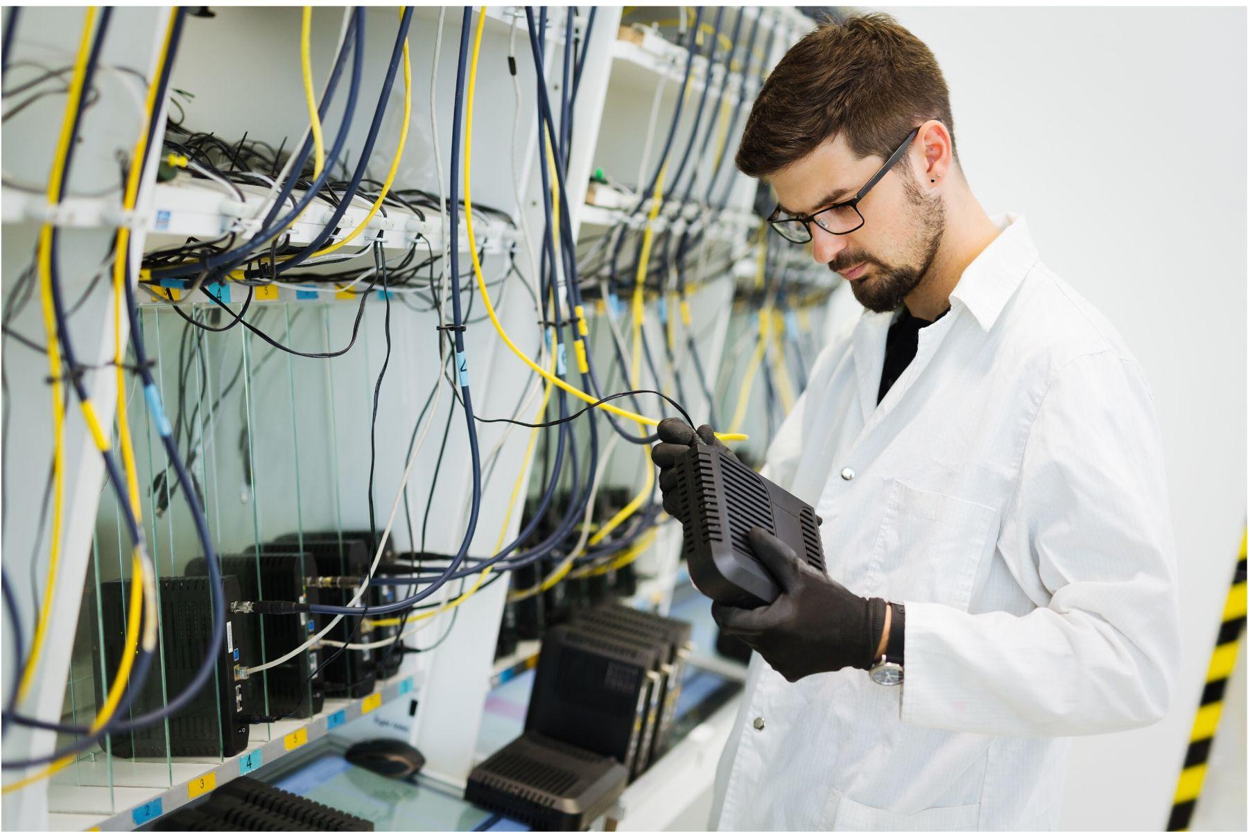 Computer Network Technician Image