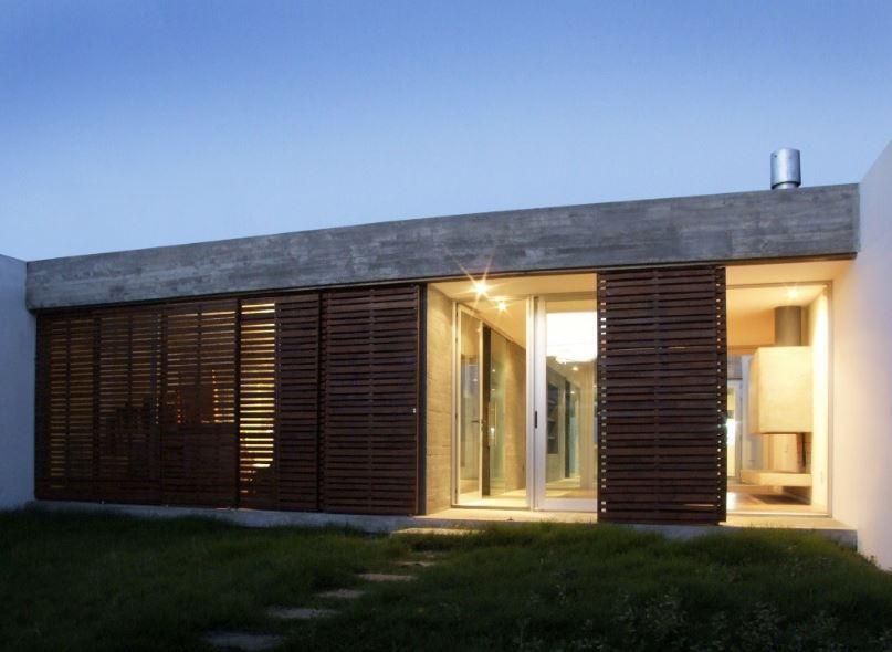 Dise o de casa moderna de un piso y tres dormitorios for Diseno de casa de 56 metros cuadrados