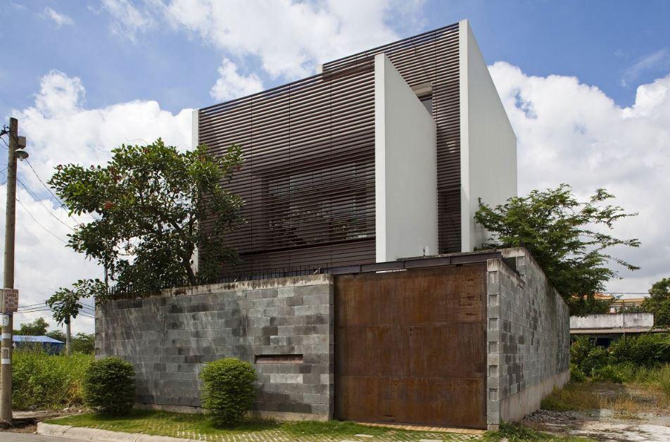 Moderna casa de ciudad de tres pisos presenta interesante