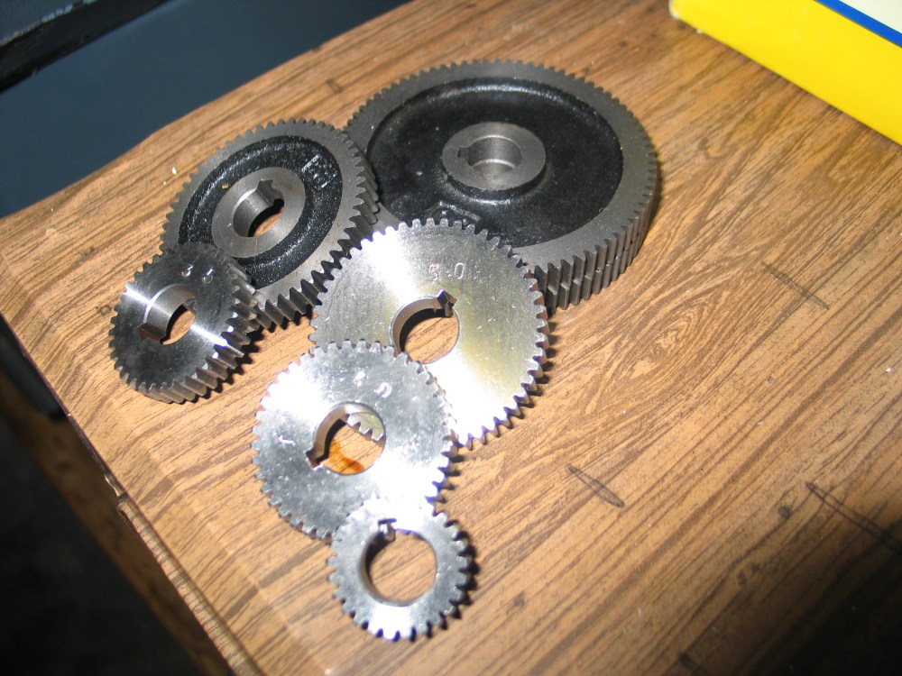 medium resolution of these are the gears i got with it they look unused unfortunately after studying the threading charts i am missing a couple