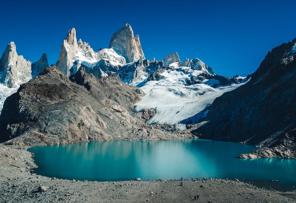 Mount Fitz Roy, Patagonia   Plan South America