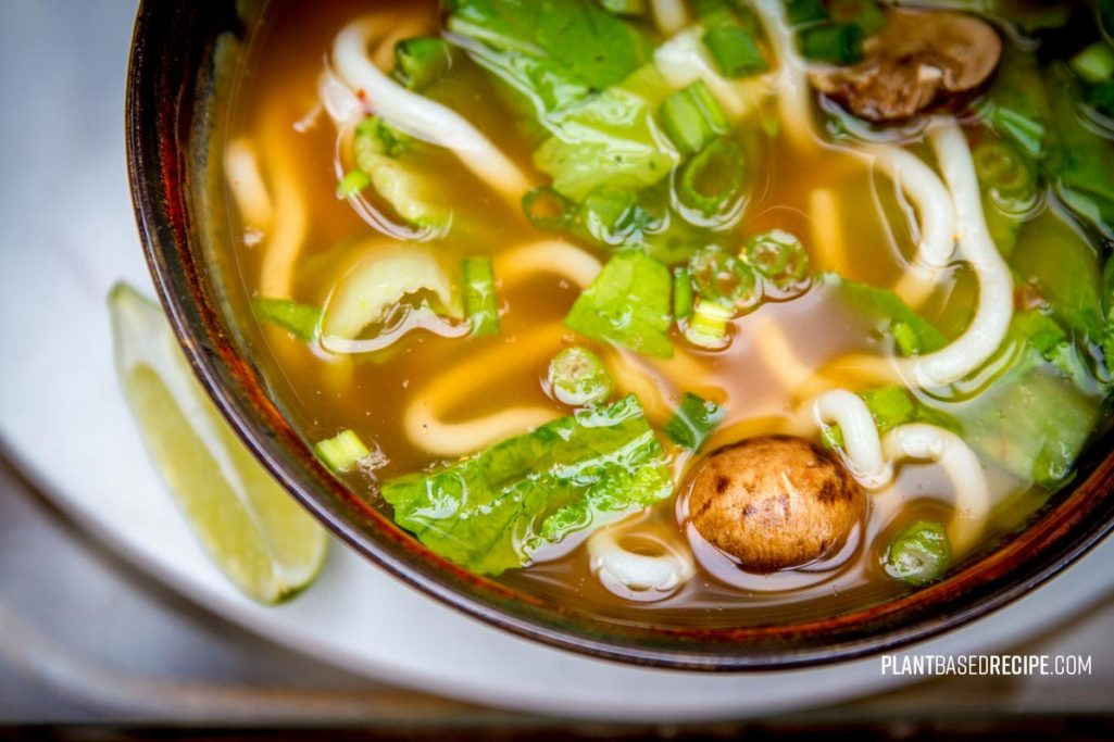 Quick and simple spicy vegetable udon soup (Vegan, No oil) * Plant Based  Recipes: Easy Oil Free Vegan Recipes