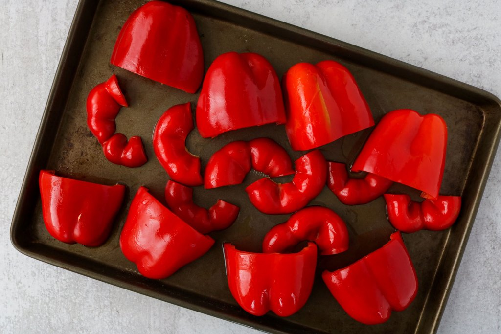 creamy vegan roasted red pepper soup