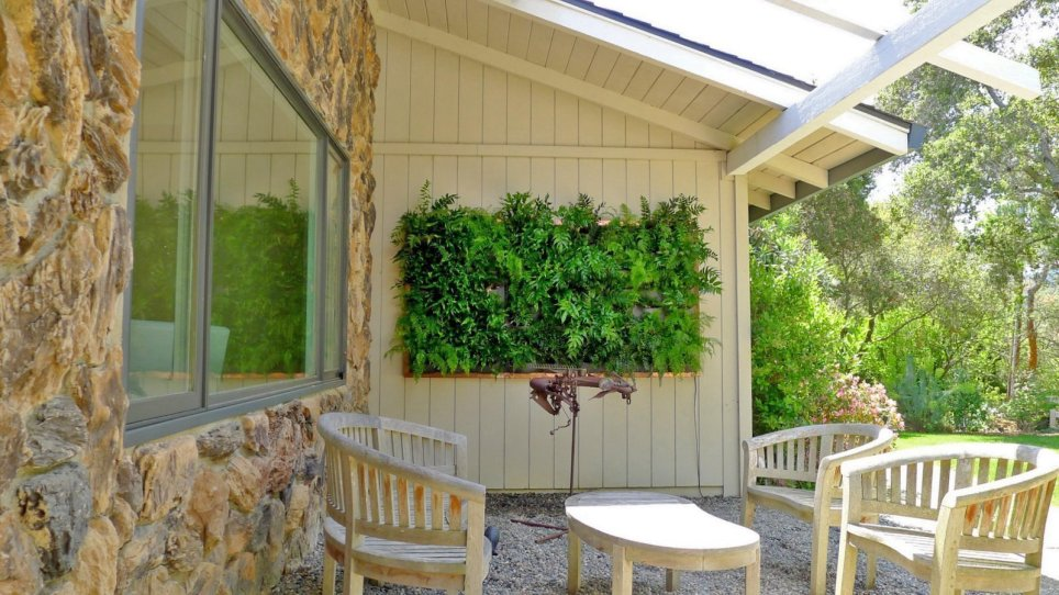 Chris Bribach, Plants On Walls. Florafelt Vertical Garden.