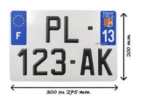 Taille de la plaque d'immatriculation carrée pour 4x4 ou utilitaires