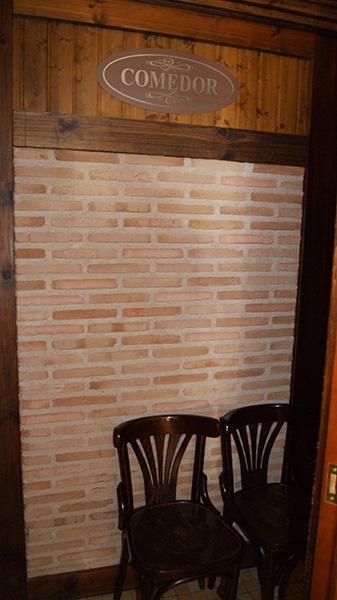 Plaqueta Manual Cuero 24x4x1,5cm
