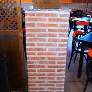 Plaqueta Semimanual Cuero Rústica 24x4x1,5cm