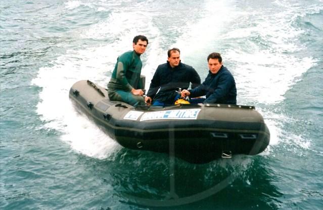 Embarcation pneumatique démontable de 4,50 mètres Marine militaire
