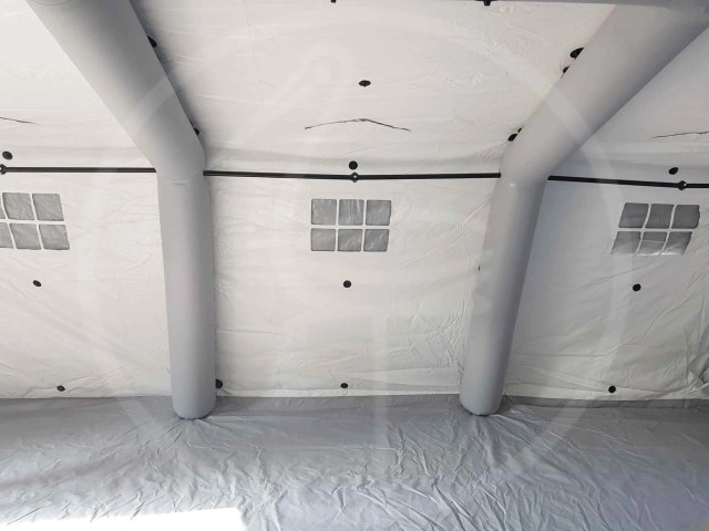 Inside self-supporting inflatable tent