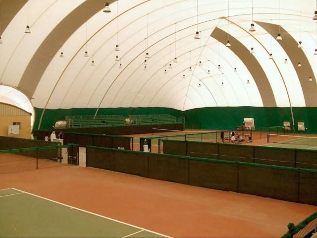 copertura pressostatica per campo da tennis