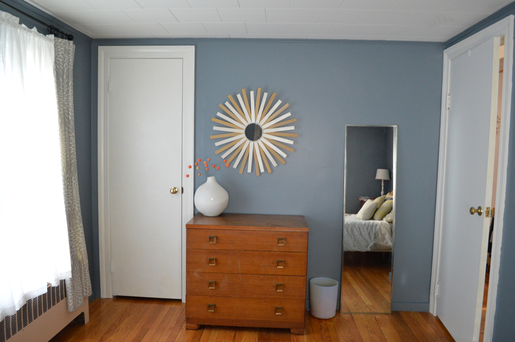 DIY sunburst mirror -- Plaster & Disaster