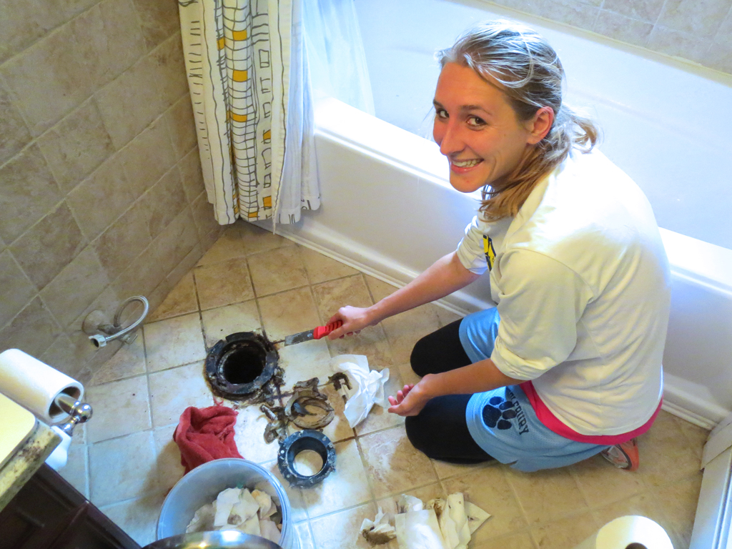 How (not) to install a new toilet -- Plaster & Disaster