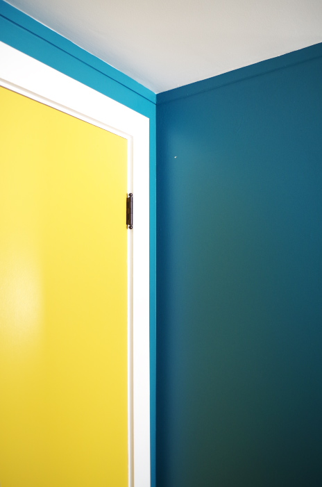 What NOT To Do When Painting Doors and Hardware – Plaster & Disaster