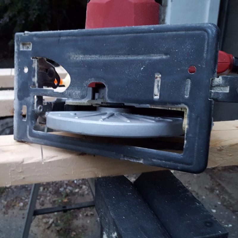 DIY Circular Saw Guide - Plaster & Disaster