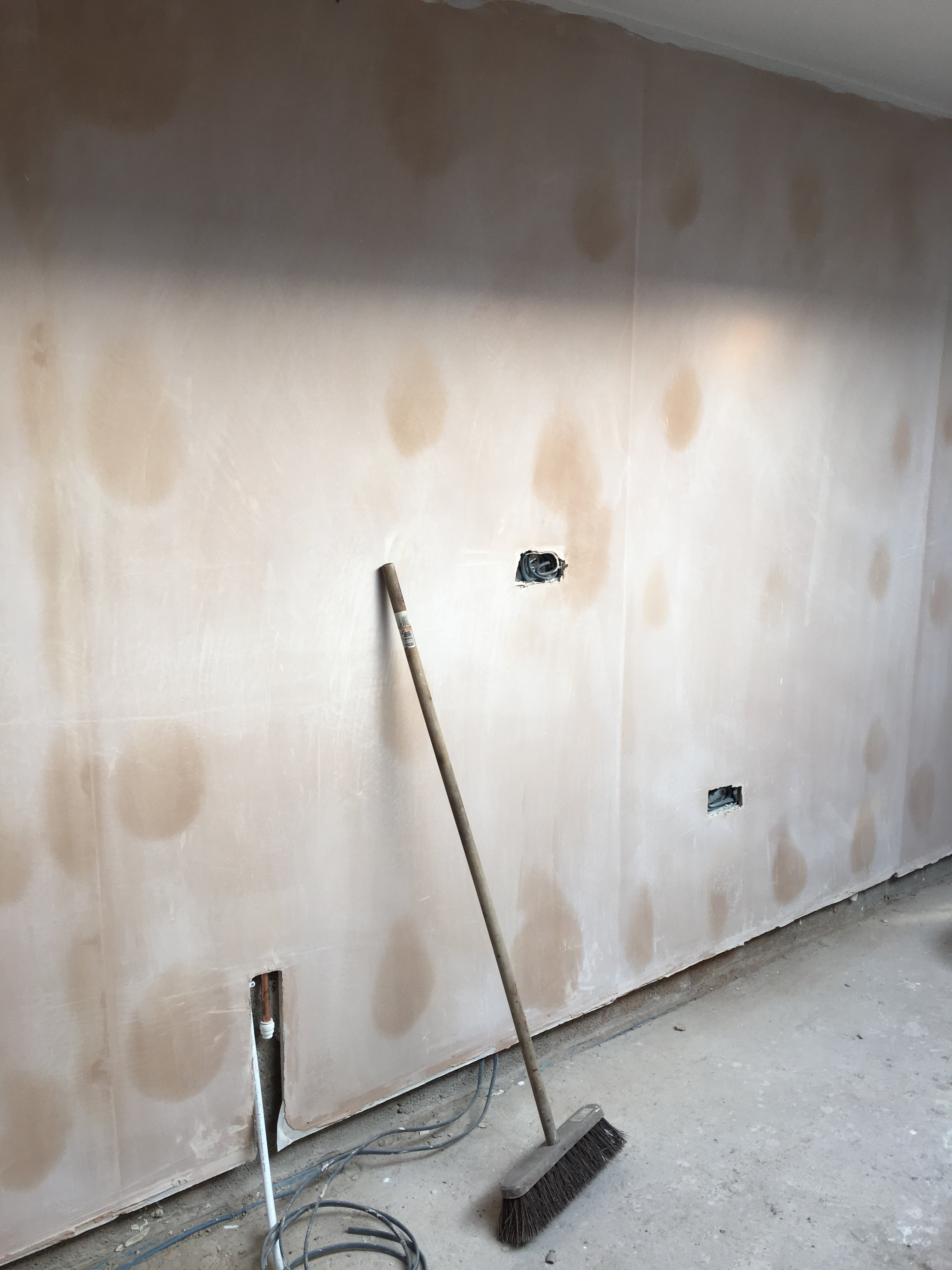 Dot and dab marks  The Original Plasterers Forum  The
