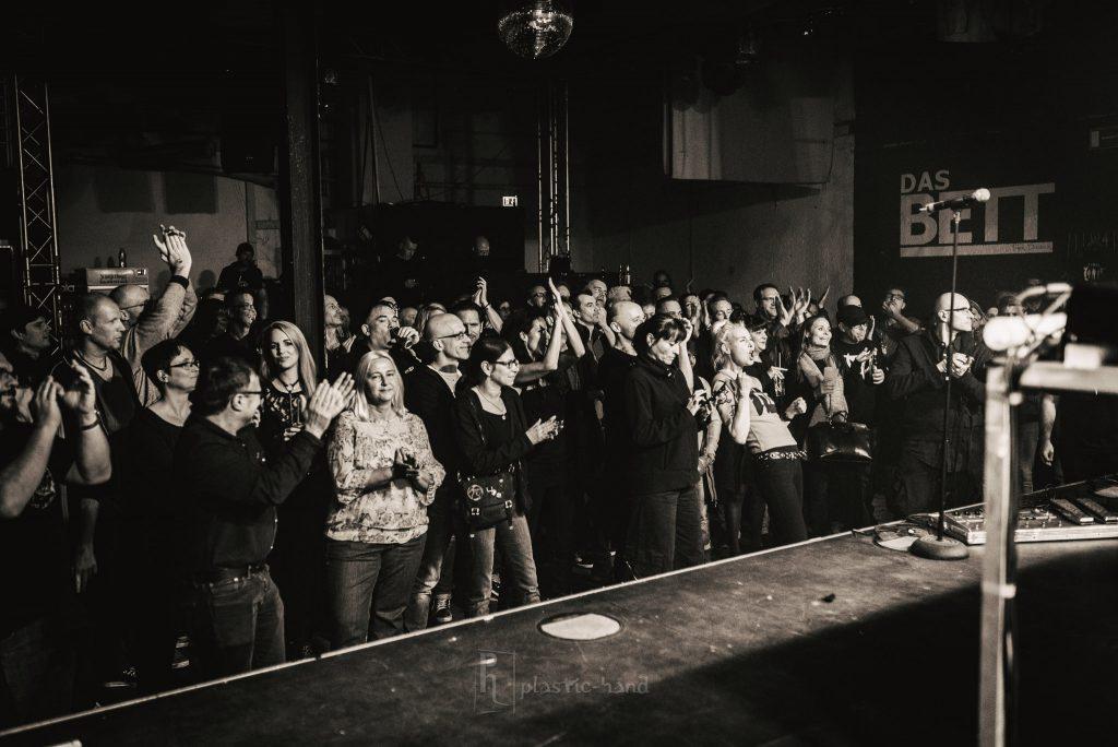 SONO live in Frankfurt in DAS BETT