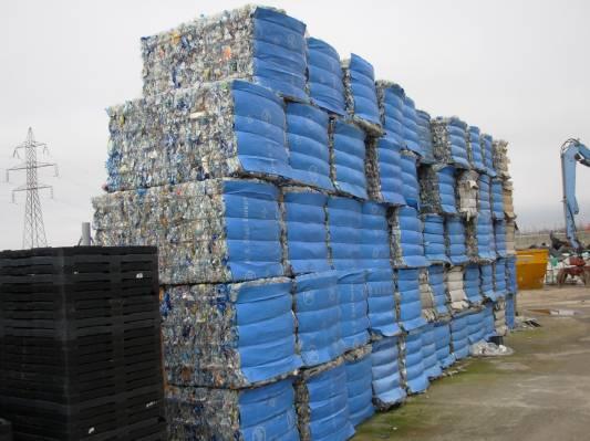 Πλαστικές πρώτες ύλες ΠΡΟΣ ΑΝΑΚΥΚΛΩΣΗ