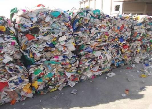 HDPE_bottles_Πλαστικές πρώτες ύλες ΔΕΜΑΤΑ ΠΡΟΣ ΑΝΑΚΥΚΛΩΣΗ