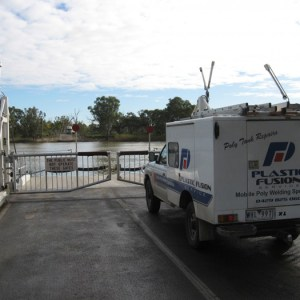 Onsite repairs - crossing the Murray River at Swan Reach SA