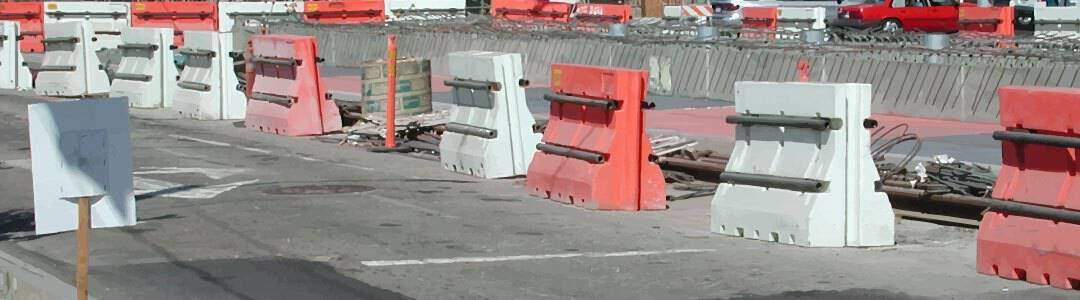 Advantages and Disadvantages of Plastic Barricades
