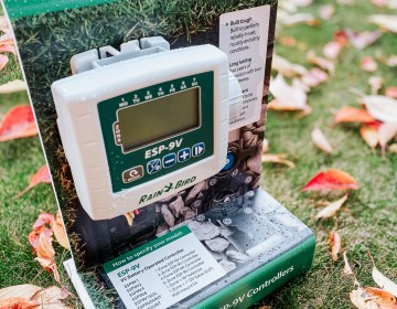 Custom acrylic display for outdoor displays