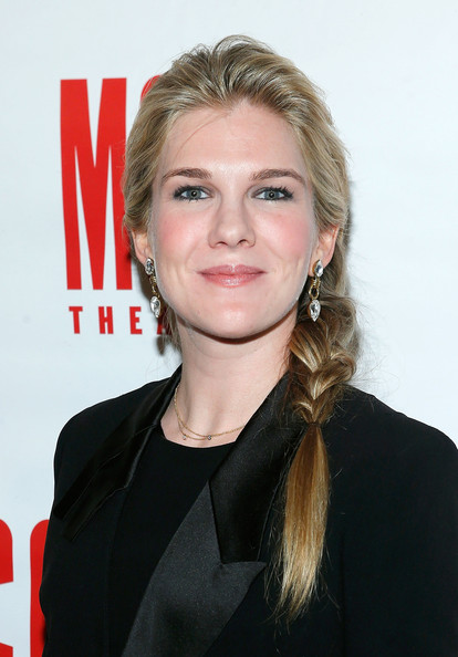 Lily Rabe Plastic Surgery : Breast Butt Nose Chin Lips